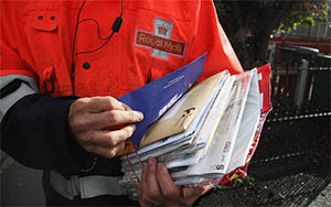 letterbox-postman